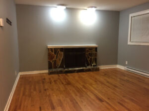 3 Bedroom Registered Apartment East End with W/D