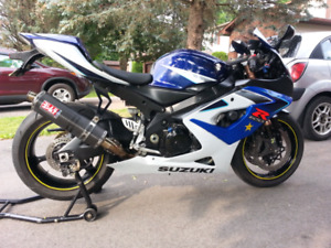 BEAUTIFUL Suzuki GSX-R 1000 2006 (K5 - K6)