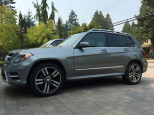 2013 Mercedes-Benz GLK350 AWD Fully Loaded Only 78,000 KM!