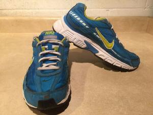 Women's Nike Initiator Running Shoes Size 8.5 London Ontario image 6