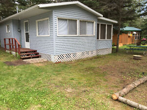 Cottage for rent beside Elkhorn Resort Golf Course, Clear Lake