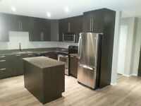 2 BED/2 BED+DEN MOVE IN TODAY! GRANITE/STAINLESS APLS/HARWOOD