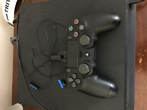 PS4 Slim 500GB Console and Controller