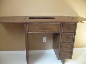 meuble pour machine à coudre