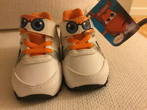 Reebok Disney baby shoes with tag (never used) Kitchener / Waterloo Kitchener Area image 2