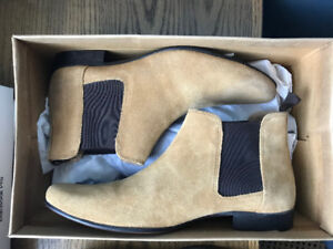 Brand New Mens Chelsea Boots - Tan - Size 10.5