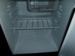 PRICE SLASHED!! Excellent Condition Igloo Small Fridge