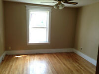 LARGE 2 BEDROOM APT. HARDWOOD. W/D. CENTRAL