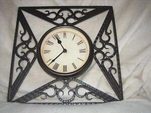 Horloge chiffre Romain