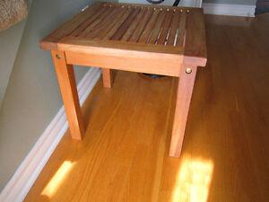 deux tables carrées en teck