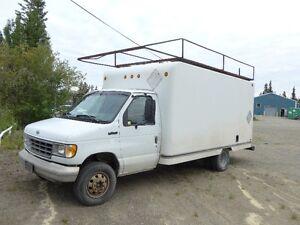 Ford E-350 14' Cube Van