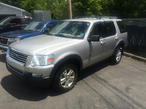2007 Ford Explorer 4x4 SUV, Crossover
