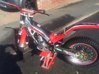 Montesa 315 r Trials bike 250cc