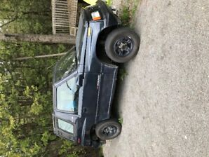 1993 CHEVROLET TRACKER, AUTOMATIC, 4X4, CONVERTIBLE!