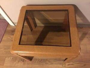 Small wood coffee table with tinted tempered glass top $25 OBO Cambridge Kitchener Area image 3