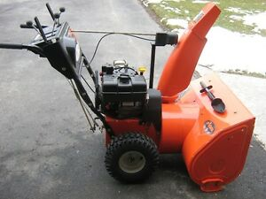 Ariens DLE1130 Snow Blower