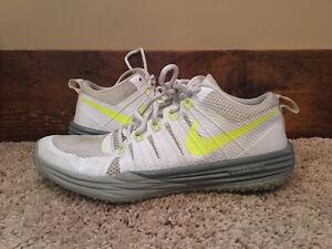 Men's Nike Shoes (Size 9 or 9.5) Kitchener / Waterloo Kitchener Area image 10