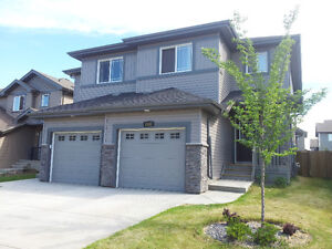New Duplex, 3 Bed. 2.5 bath in Callaghan, SW, May 1