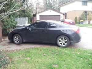 2009 Nissan Altima 2.5S Coupe (2 door)