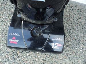 BISSEL POWER-FORCE!! VACUUM & ATTACHMENTS + NEW SET OF BAGS Windsor Region Ontario image 2