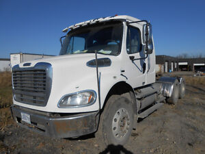FREIGHTLINER M2 TRACTOR FULL LOCK
