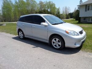 2006 TOYOTA MATRIX XR  - 4WD  AUTO - ONLY 118,000 KM $6495. CERT