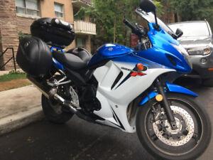 Moto Suzuki GSX-650F