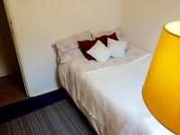 A fabulously located room only 5 minutes walk from Liverpool Street station
