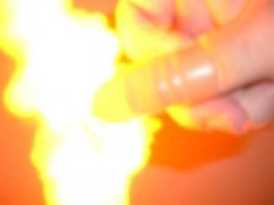 Magic Tricks THUMB TIP FLASHER Finger Flint Fire Trick!