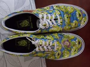 ***MINT CONDITION* VANS TOY STORY GLOW SHOES