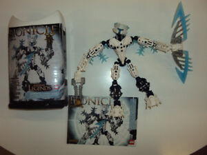 Bionicle: Gelu (includes canister and booklet)