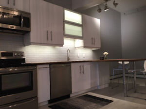 2 Bedroom Apartment Queen and Grafton Available Nov 1 2017