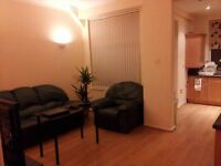 Double room available in houseshare in Middleton