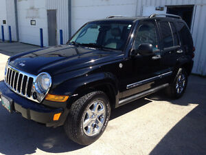 2006 Jeep Liberty Limited Black Beauty - New Safety - Selectrac