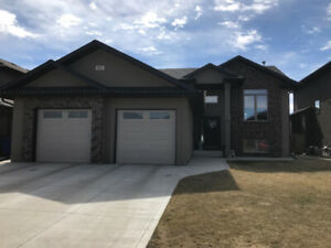 1400 sq ft Willowgrove Bi Level Home For Sale