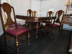 Table + 6 chaises