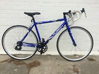 LIKE NEW LIGHTWEIGHT ALUMINIUM ROAD RACING BIKE IDEAL STUDENT COMMUTER BICYCLE METALLIC BLUE