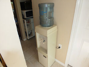 CORDLEY TEMPRITE WATERCOOLER/DISPENSER,..W/18 LITER CONTAINER