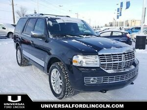 2013 Lincoln Navigator Base 4WD w/SYNC Bluetooth, Navigation, Mo