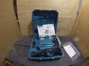 MAKITA PLUNGE ROUTER 3620 TOP QUALITY