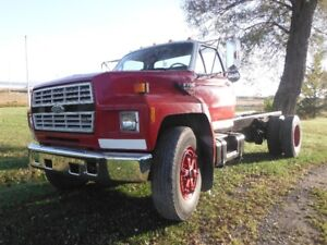 1990 Ford F-800 Autre