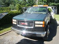 1986 GMC  3500 Towing Truck with FlatBed