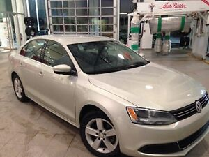 2011 Volkswagen Jetta Comfortline Sedan-2.5L-very good condition