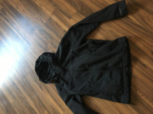 Bench fall/ spring coat good condition