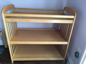 Change Table - Excellent Condition