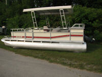 20ft Pontoon Boat Yamaha 40hp