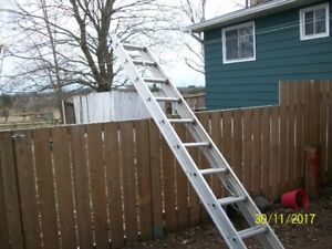 20' Aluminum extension ladder