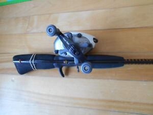 Canne moulinet baitcaster Mitchell/Uglystick, Fishing rod reel