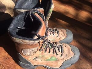 Danner steel toed hiking boots Mens size 8 1/2