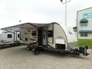 2014 Coachmen Freedom Express 236BHS